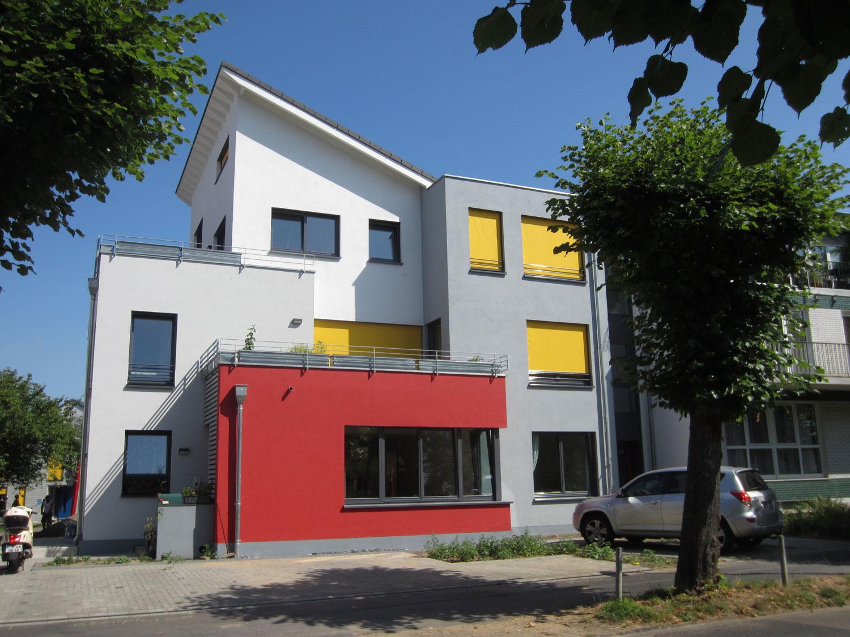 Vierfamilienhaus